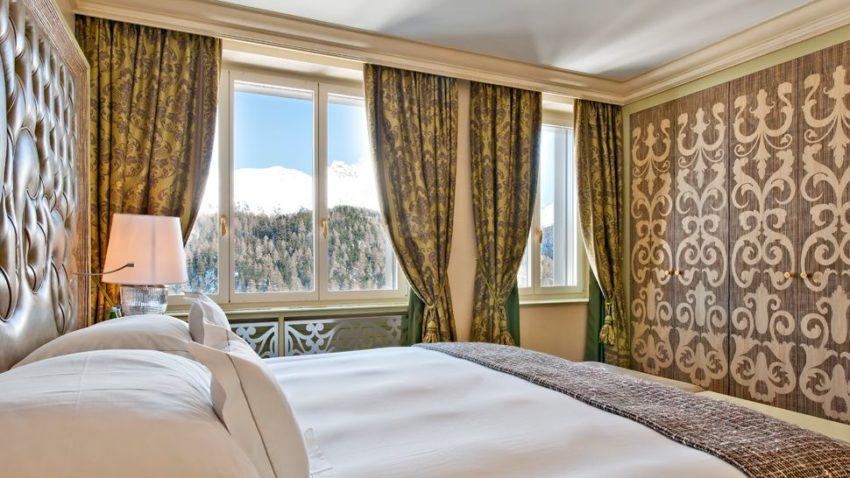 Thưởng thức không gian miền núi ngoạn mục tại khách sạn Carlton